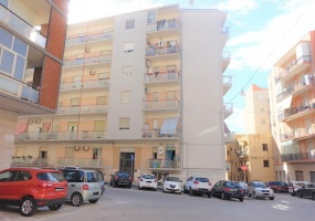 Via Padova,SIRACUSA,96100,Appartamento,Via Padova,2116